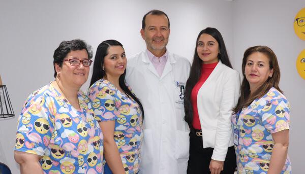 Dr Gabriel Oliveros   Equipo
